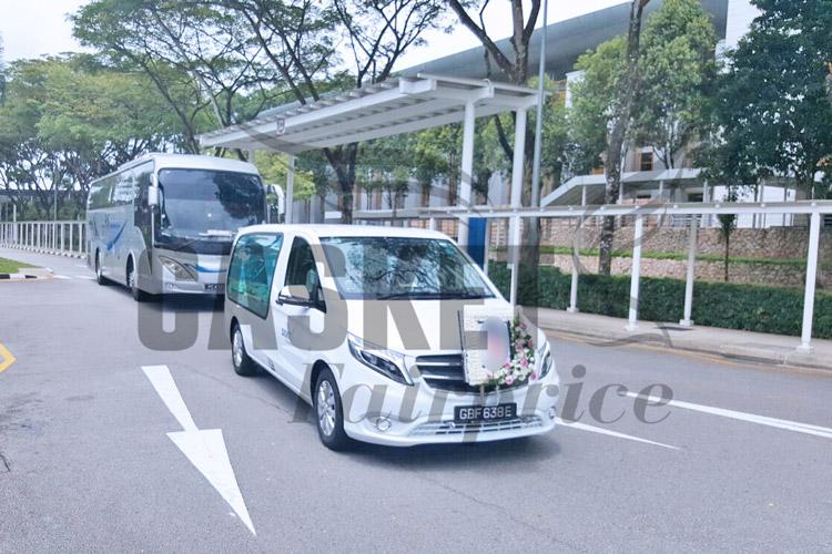 Funeral hearse heading for Mandai crematorium