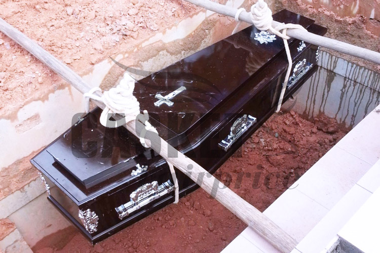 Casket burial at CCK Christian Cemetry